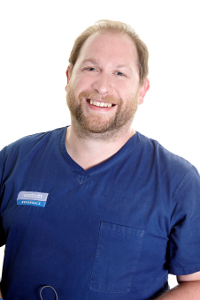 Andrew Perry Vet Dentist and Oral Surgery Specialist